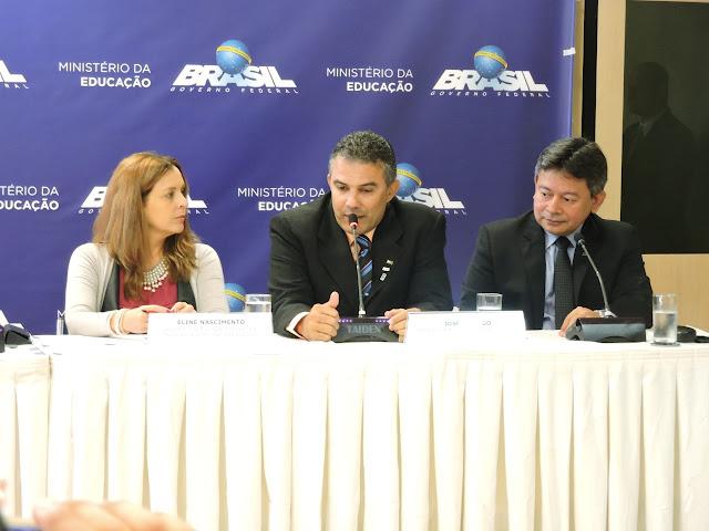 Em Brasília, professor José Ricardo Martins da Silva é reconduzido ao cargo de reitor do Instituto Federal do Norte de Minas Gerais (IFNMG)