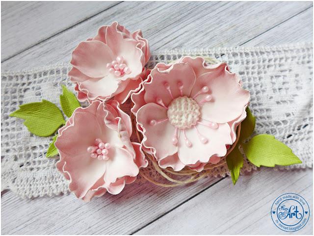 Kwiatuszki foamiranowe