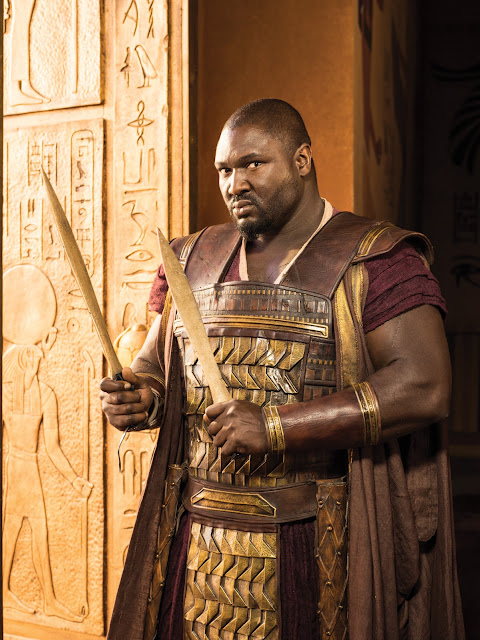 Nonso Anozie es General Horemheb