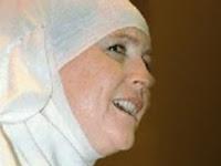Kisah Mualaf, Sue Watson Yang Kini Menjadi Seorang Pendakwah islam