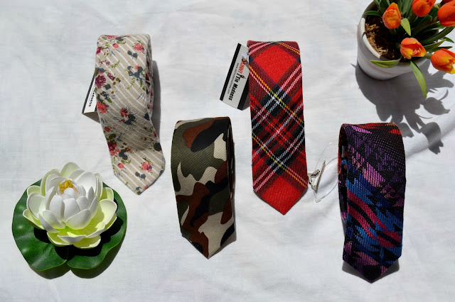 http://www.syriouslyinfashion.com/2016/07/skinny-tie-madness-crazy-colorful.html