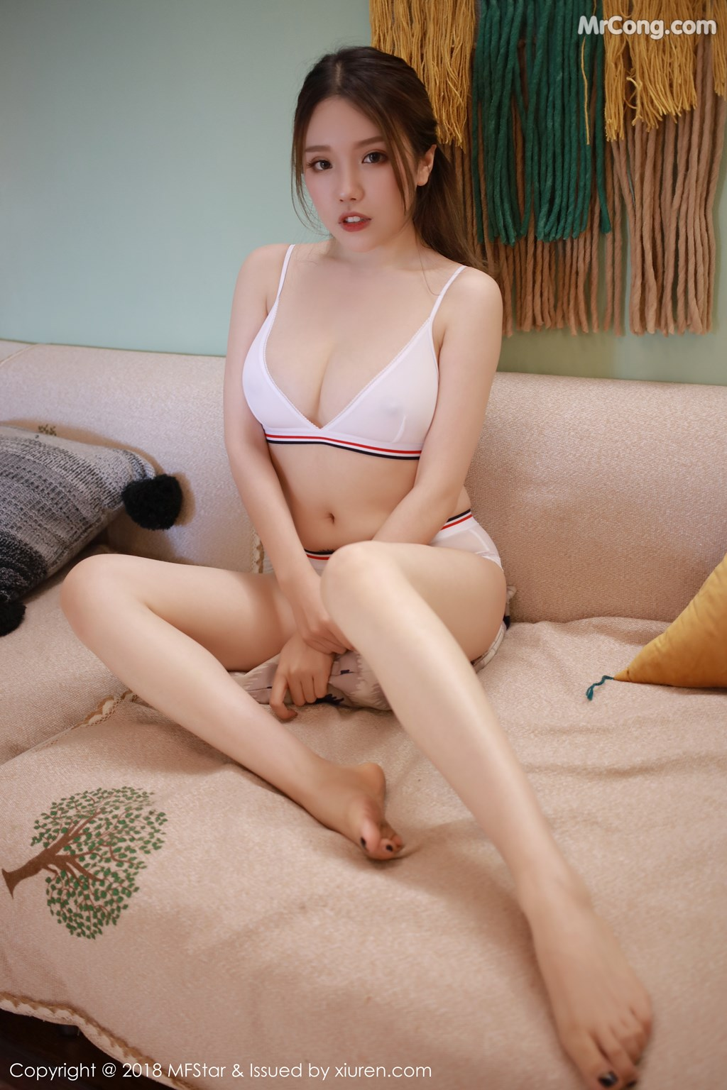 Image MFStar-Vol.140-Huang-Le-Ran-MrCong.com-008 in post MFStar Vol.140: Người mẫu Huang Le Ran (黄楽然) (47 ảnh)