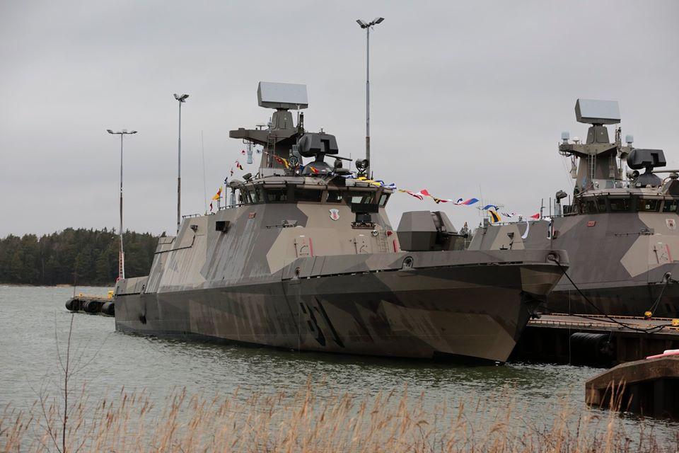 ВМС Фінляндії отримали перший модернізований ракетний катер Хаміна
