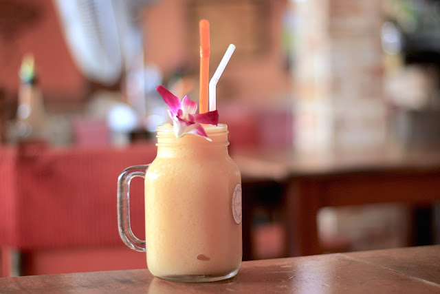 Mango Smoothie Thai Food Phi Phi Islands Travel Photography Guide Blogger in Thailand