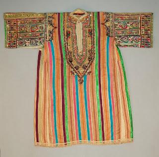 rafraf Traditional costumes its name Suriya