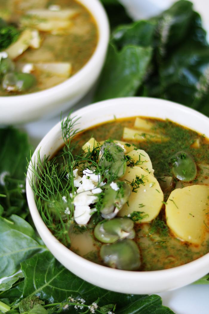 Zupa z bobem, kalarepą, fasolką szparagową i młodymi ziemniakami