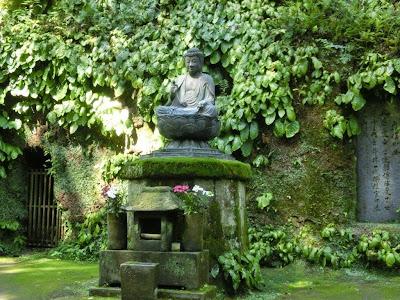 東慶寺:釈宗演の墓