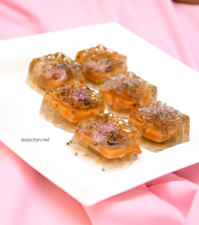 Ever heard of chilled Nian Gao? Well here it is!