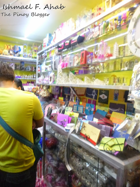 Shop of invitation cards in Yangco Market, Divisoria