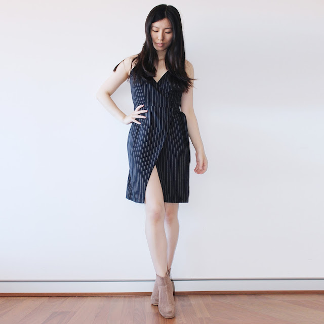 two feathers us, two feathers brand review, two feathers clothing review, two feathers blog review, two feathers_us, two feathers minimalism, minimalist brand clothing, twofeathersus, two feathers wrap dress