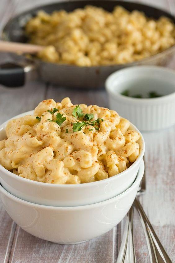Super creamy, unprocessed vegan mac and cheese
