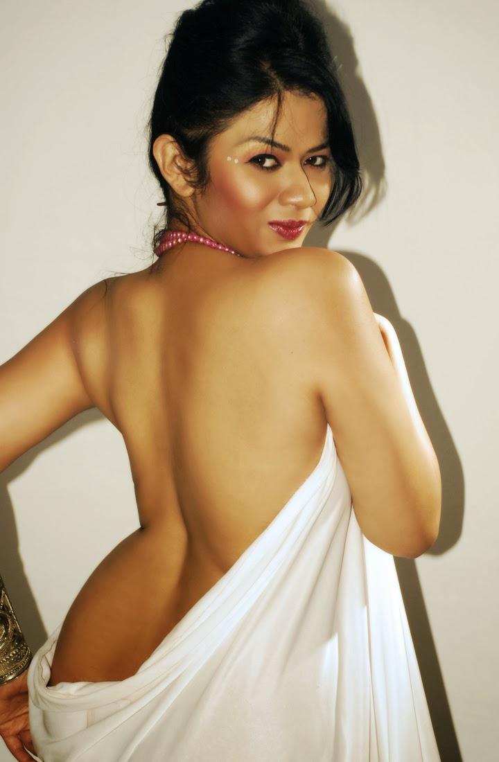 plus size nude Indian