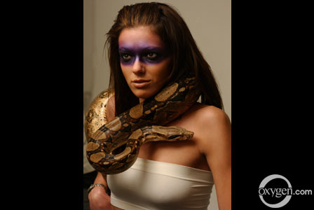 Adrianne curry is a lesbian