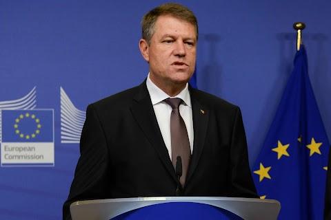 A román elnök az elítéltek idő előtti szabadulását lehetővé tevő törvény felülvizsgálatát sürgeti