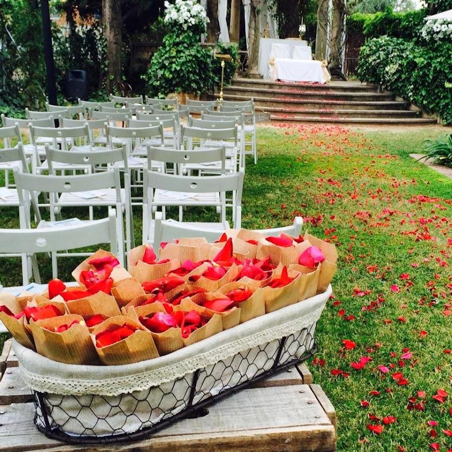 pétalos de boda