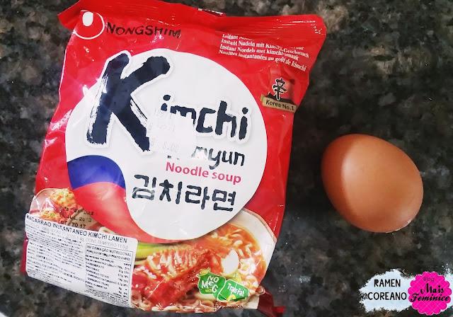 김치라면 - Kimchi Ramyun Noodle soup Nongshim