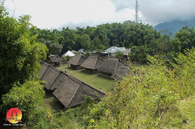 Jalan-jalan ke Situs Budaya Bale Toaq Sembalun
