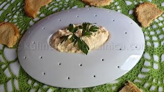 Яйчен пастет с майонеза и чесън