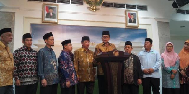Bertemu Jokowi, Ormas Islam Sebut Negara Gaduh Hanya karena Ahok