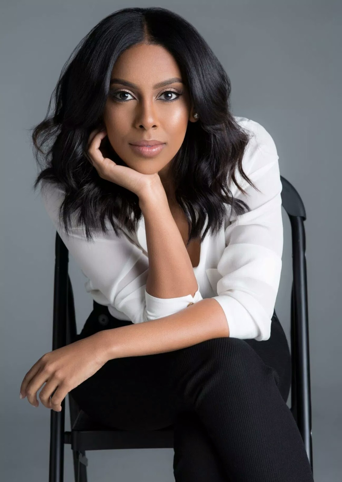 Yodit Tewolde Beautiful Lawyer and TV analyst