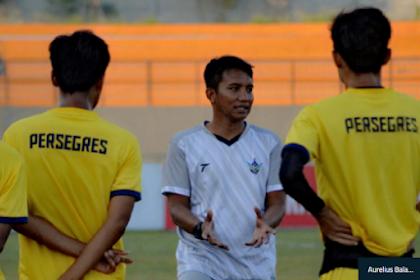 Sanusi Rahman Terpanggil Untuk Selamatkan Persegres Gresik United