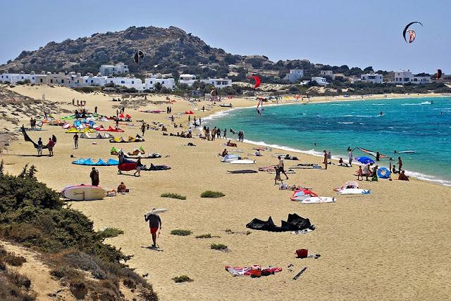 Praia Mikri Vigla, Naxos