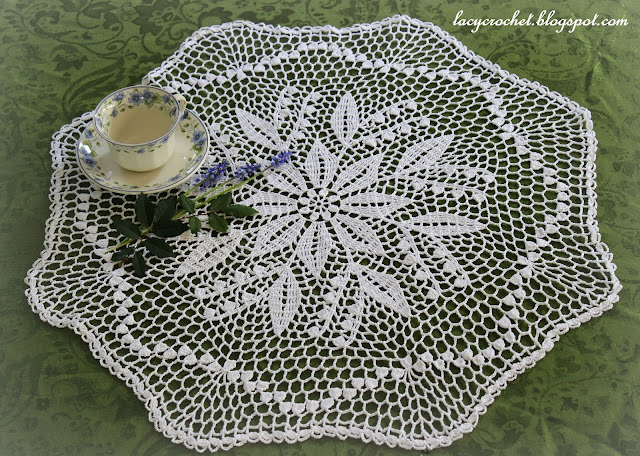 Crochet Doily Patterns Free For Beginners : Lacy Crochet: Lily of the Valley Doily, Free Vintage Pattern