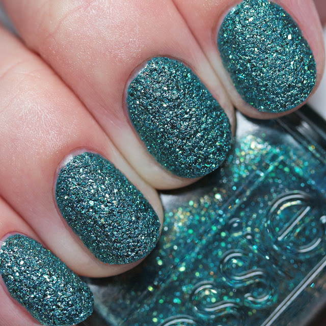 Essie Night Owl 1538