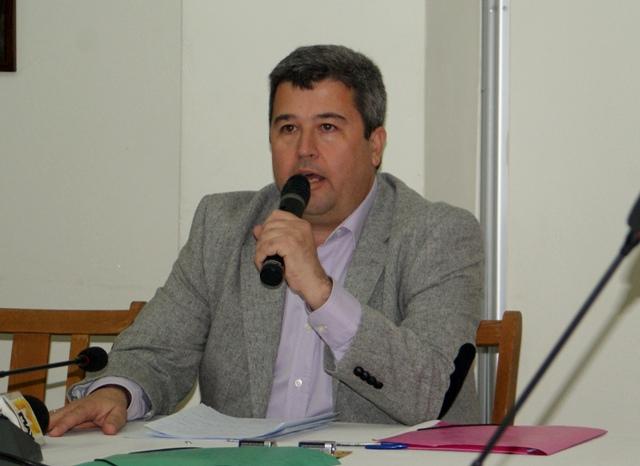 Τ.Λάμπρου: Το κυκλοφοριακό πρόβλημα του Κρανιδίου δεν λύνεται με την αυθαίρετη τοποθέτηση εμποδίων