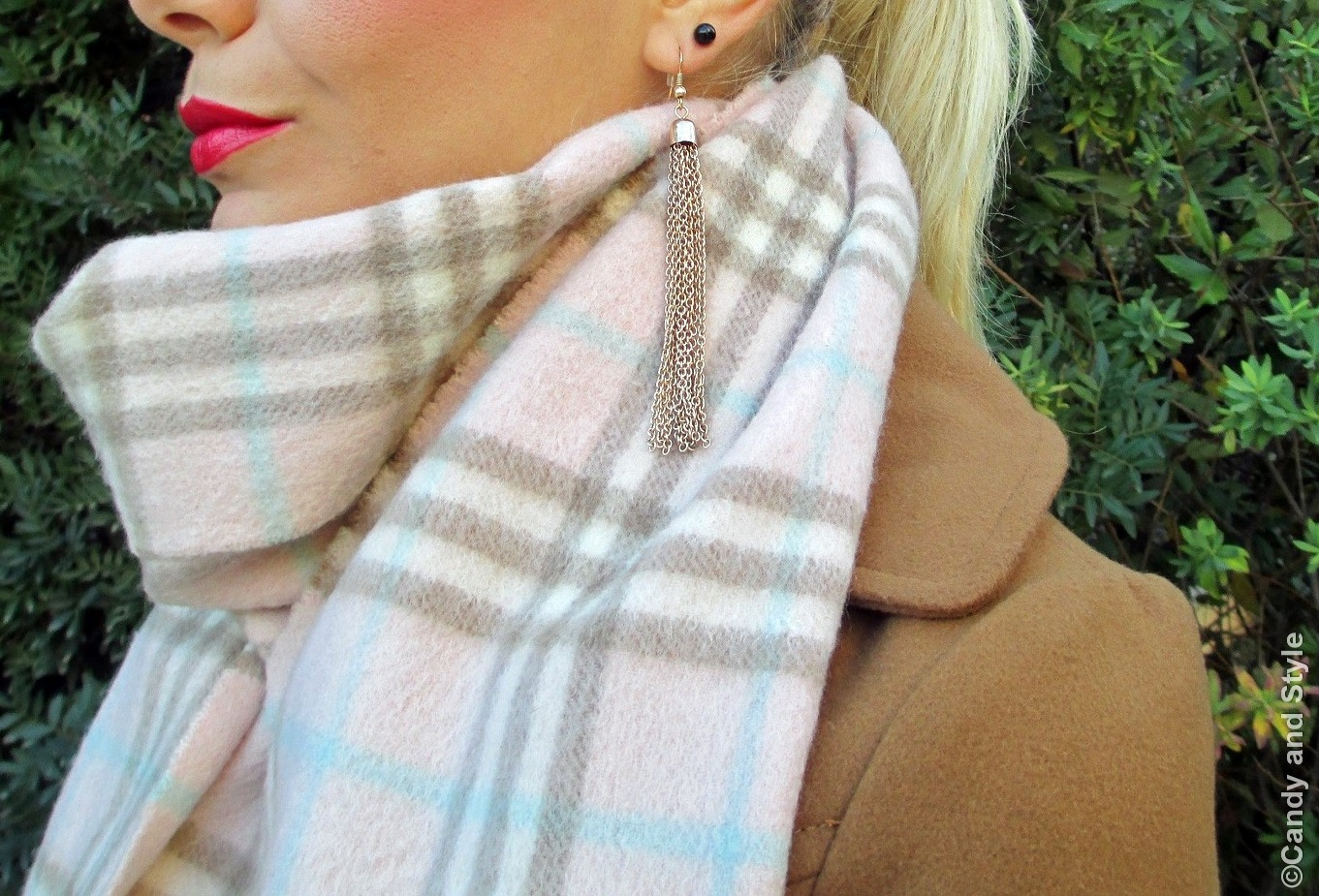 Plaid Scarf - Details
