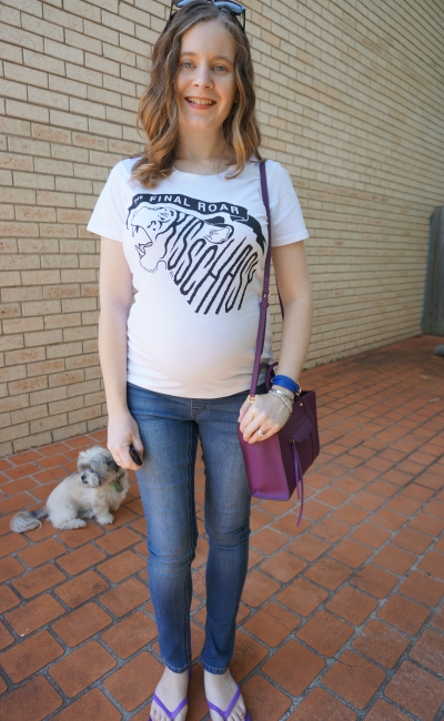 Away From The Blue | Second Trimester SAHM Style Kisschasy Final roar band tee skinny jeans