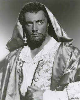 Mario Del Monaco was famous for his  portrayal of Giuseppe Verdi's Otello