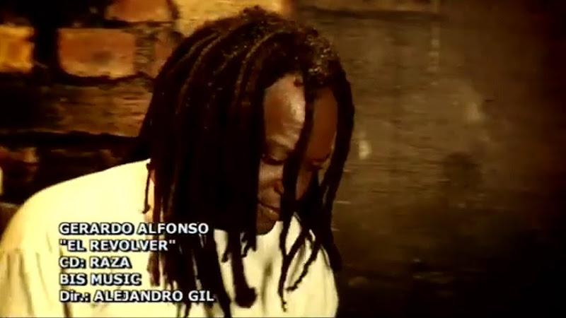 Gerardo Alfonso - ¨El revólver¨ - Videoclip - Dirección: Alejandro Gil. Portal Del Vídeo Clip Cubano - 01