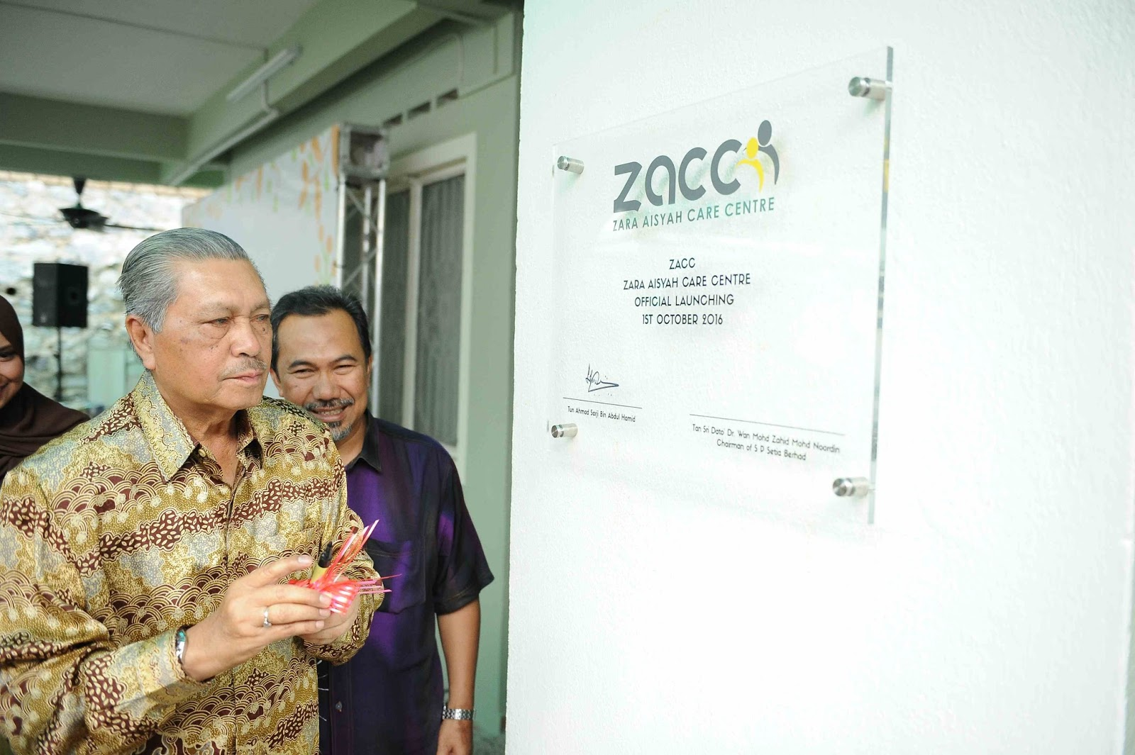 the lifestyle blogger zara aisyah care centre on 1st 2016 zacc is officially launched in a relaxed and comfortable event at the centre itself it is officiated by tun ahmad sarji abdul hamid