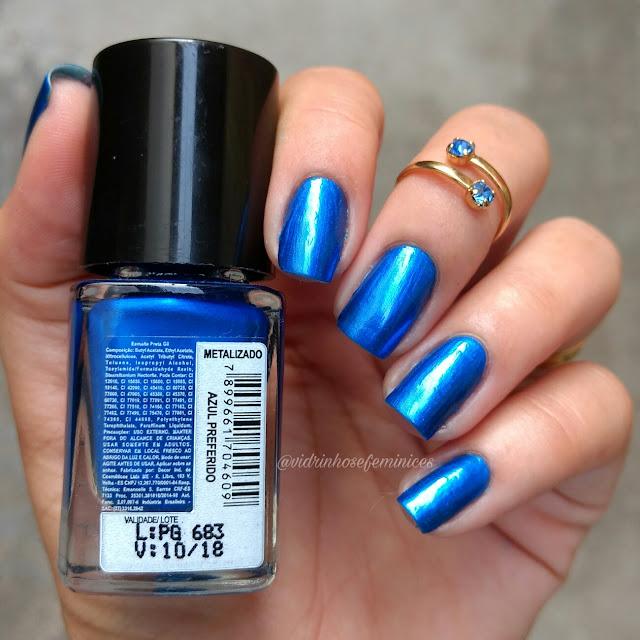 esmalte preta gil azul preferido