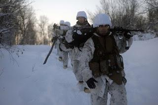 Marina SUA face antrenamente de lupta în condiții de frig