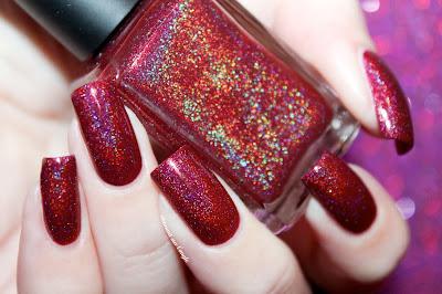 "Swatch of the nail polish ""Holiday 2015"" from Enchanted Polish"