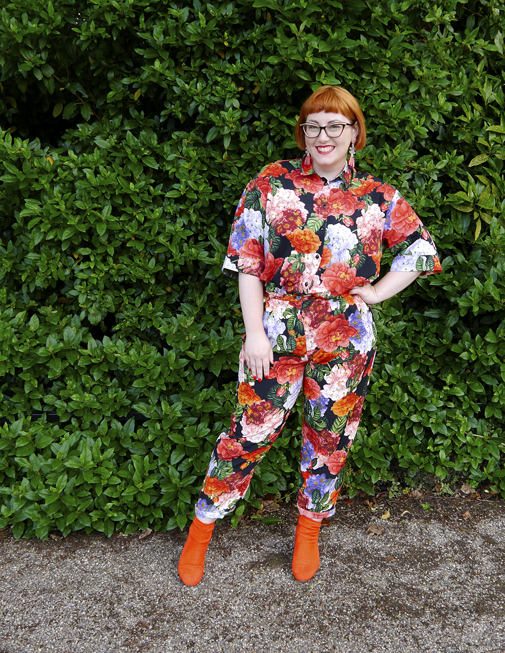 Full length outfit featuring floral print shirt and matching trousers from Monki