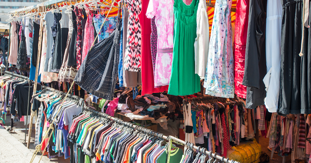 11 Things You Shouldn't and Should Buy at Second-Hand Stores
