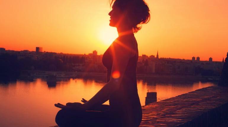 A csakrák gyökér-szótagjai: A bidzsa-mantrák