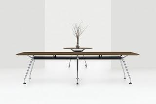 Kadin Conference Table