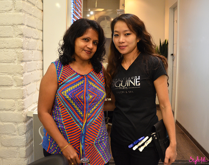 Dayle Pereira of Style File India's mother poses for a picture with hairstylist Antonia after her hair makeover by Wella Professionals at Jean Claude Biguine salon