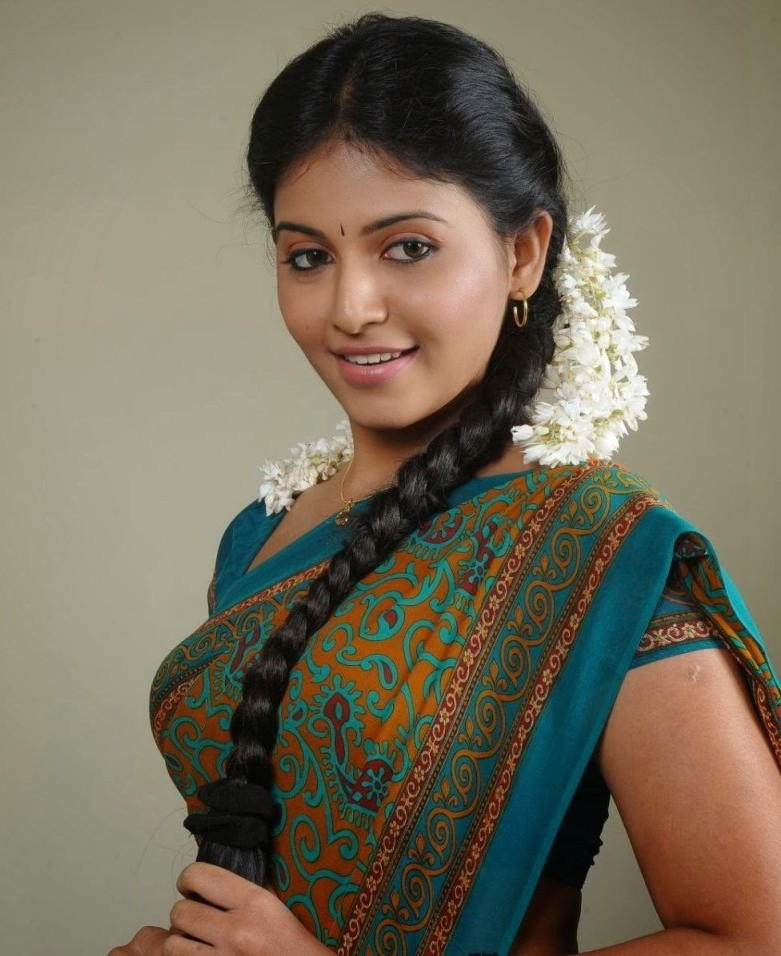 Top Movie Actress On Woods Ground: Anjali's Biography And