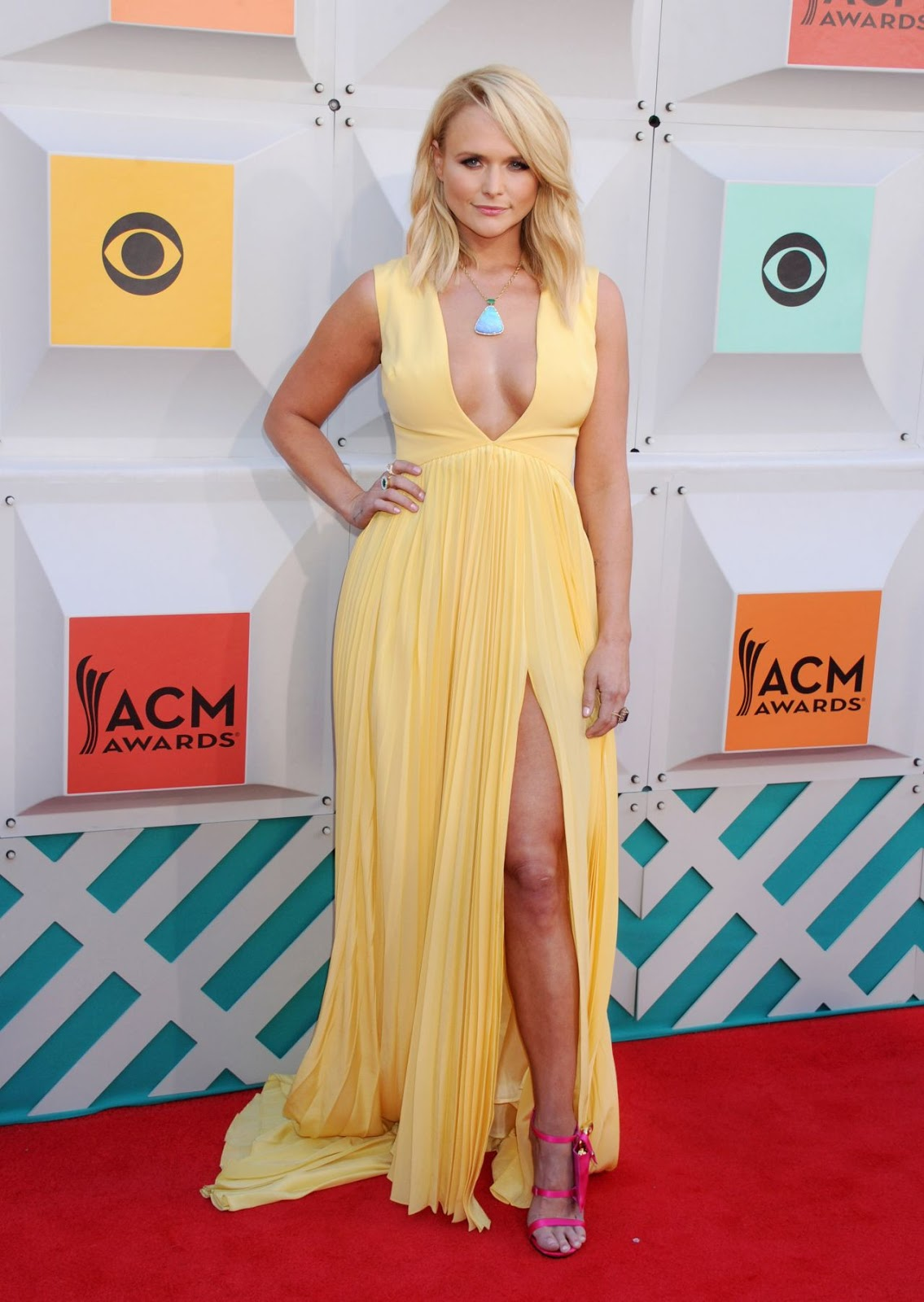 Miranda Lambert wears a plunging dress to the ACM Awards 2016 in Las Vegas