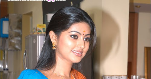 GlamourSouth.blogspot.in: Sneha Cute In Saree And Half Saree