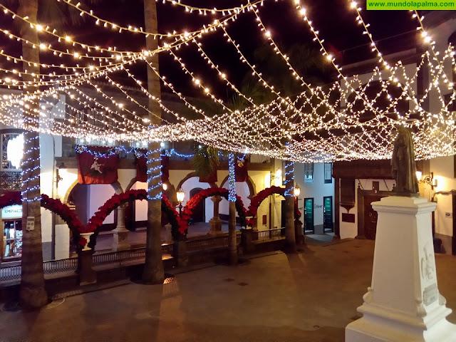 Santa Cruz de La Palma y La Orotava sellan el hermanamiento de los dos primeros municipios canarios en contar con luz eléctrica