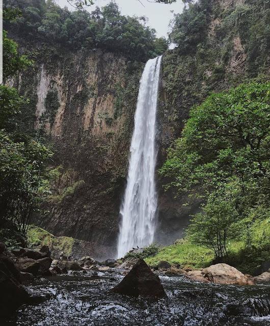 Mandi Angin Waterfall