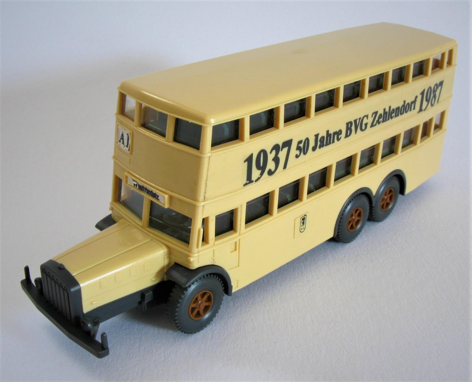 TOP Wiking Serienmodell Doppeldecker Bus D38 BVG Berlin Hildebrand Schokolade