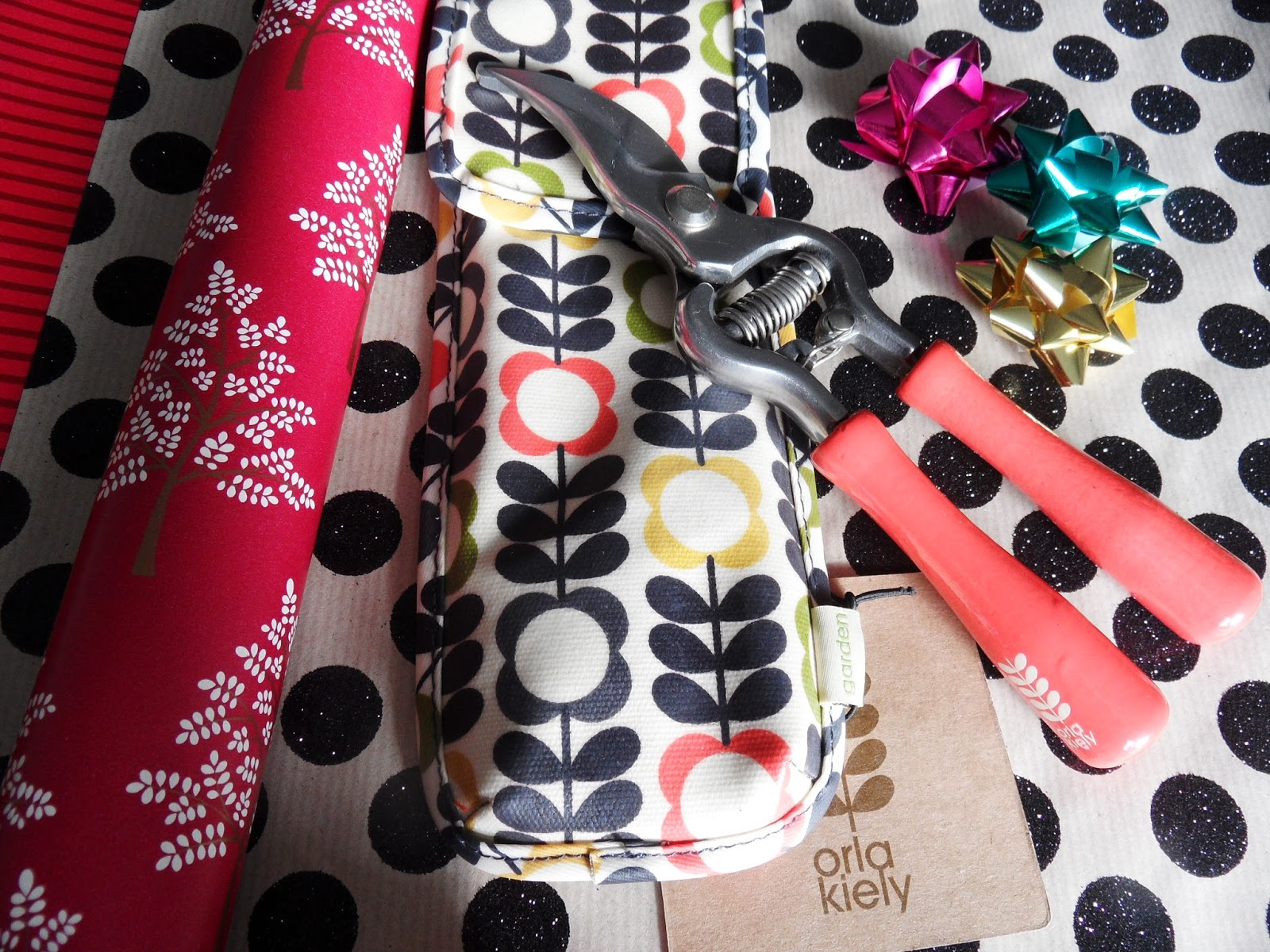 INTERNET GIFT STORE Orla Kiely Secateurs eyelinerflicks blog