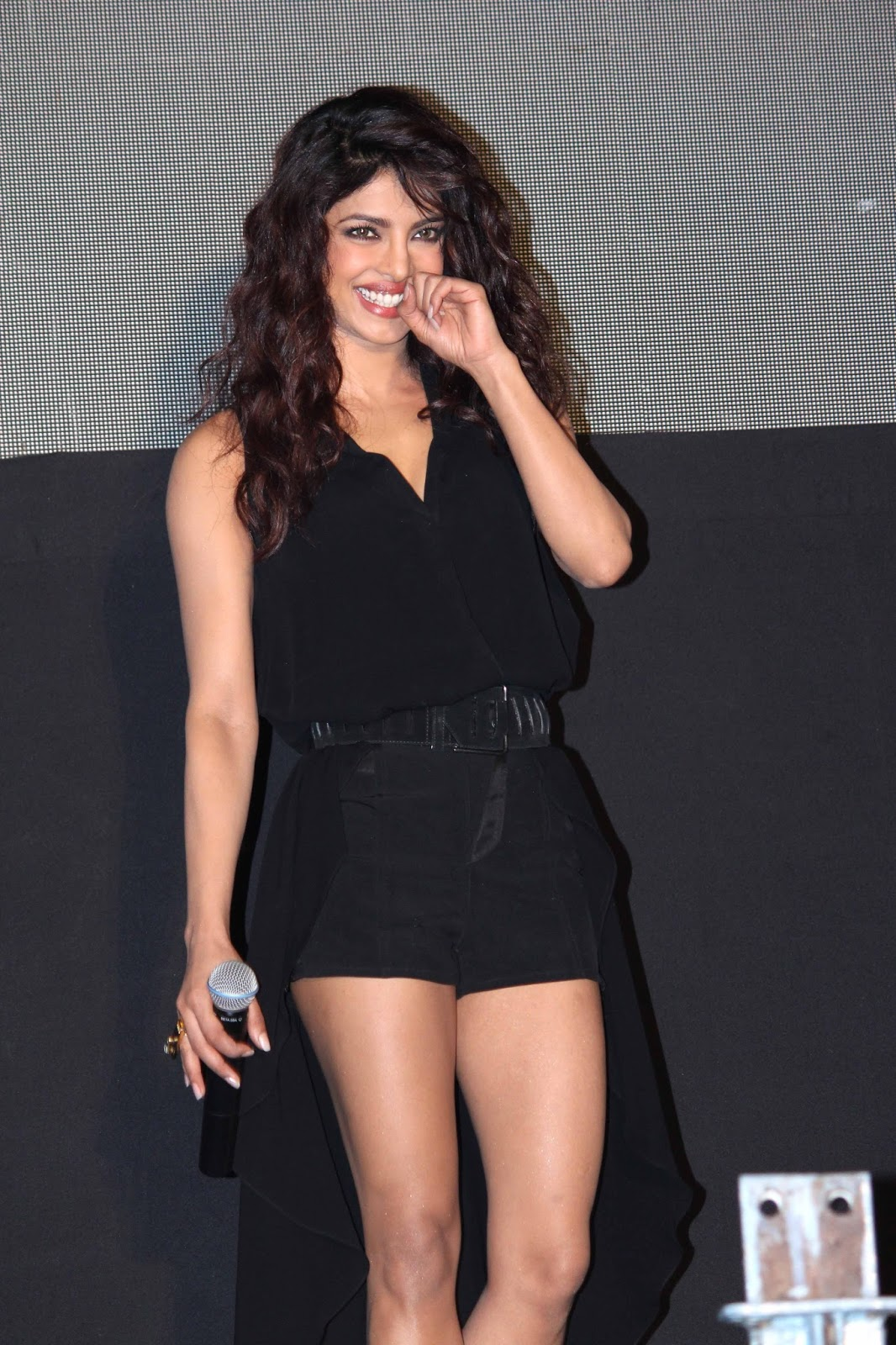 Priyanka Chopra Hot Legs Show Photos In Black Dress